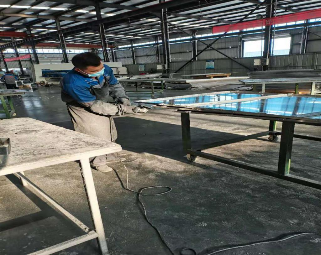 成都铝单板厂家的制作过程