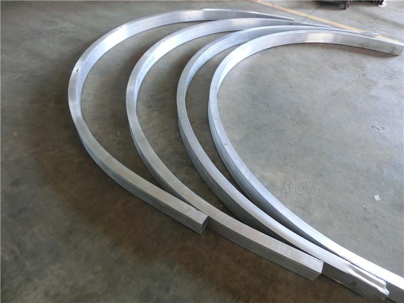 关于弧形铝方通的制作工艺